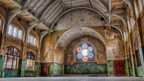 Photo sur Toile Ancien hôpital Beelitz Sporthalle beelitz heilstätten Männerklinik