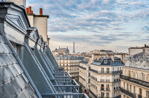 Photo sur Toile Paris Roofs of Paris with Eiffel Tower in background