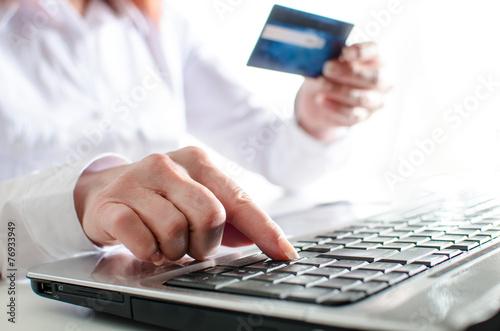 Fototapeta Online shopping concept obraz na płótnie