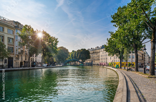 Photo sur Toile Paris Paris - Canal Saint Martin, France