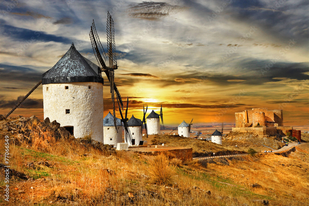 Photo  windmils of Spain, Castilla la mancha