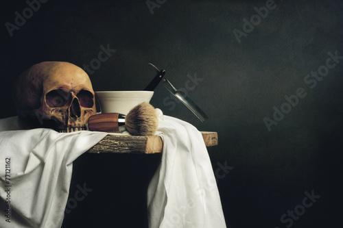Fotografía Todavía Vida Herramientas de afeitar con el cráneo