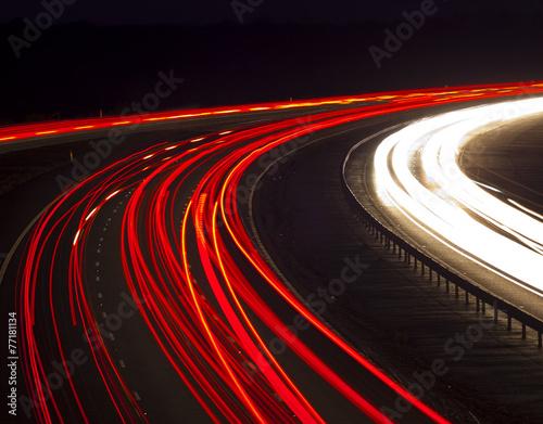 Fotografía  Headlight and tail light trails at night
