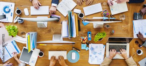 obraz PCV Wieloetnicznego grupy osób pracujących
