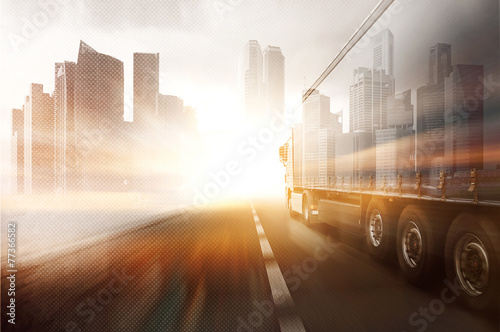 Fotografía  Truck and Skyline