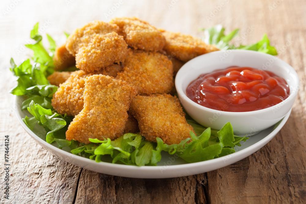 Chicken Nuggets mit Ketchup Foto, Poster, Wandbilder bei EuroPosters
