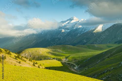 Obraz na plátne landscape view of  Campo Imperatore plateau abruzzo italy