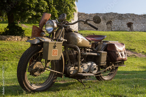 Photo Vintage WWII US Army motorcycle
