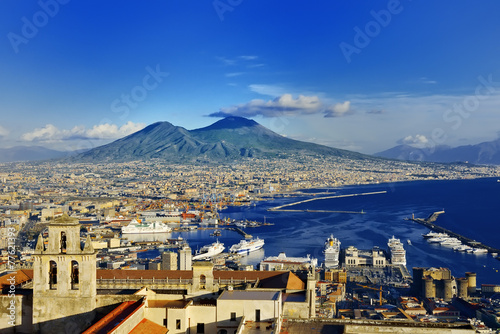 Montage in der Fensternische Neapel Naples and Vesuvius panoramic view, Napoli, Italy
