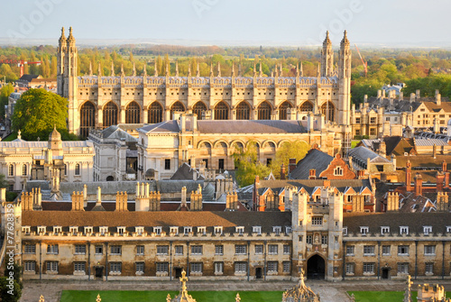 Canvas Print View of Cambridge with historical buildings (University colleges)