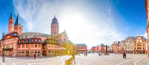 Fotografia  Mainzer Dom und Domplatz Panorama