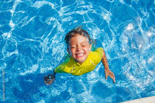 Fotografia Boy in the pool