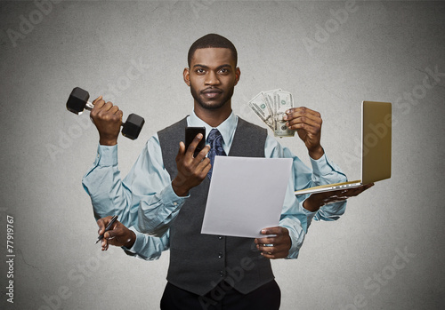 Fotografía  Multitasking business man busy executive on grey background