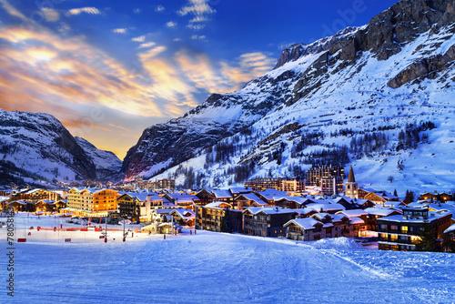 Fototapeta Val d'Isère city obraz