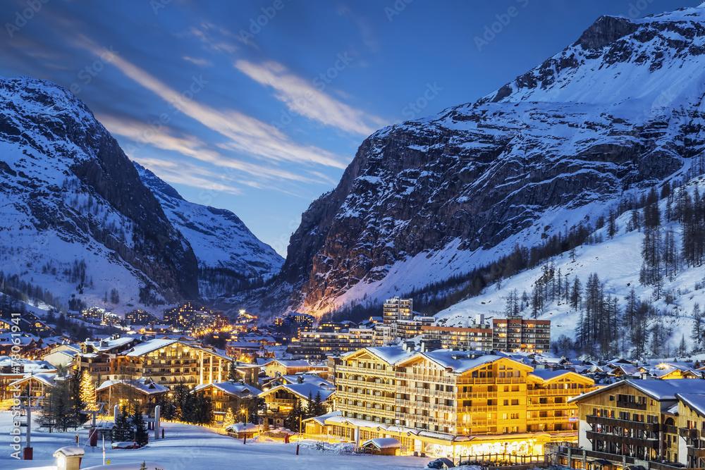 Fototapeta ski resort in French Alps