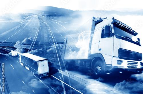 Fotografiet  Camiones y transporte. Carreteras y mercancía entrega. almacén