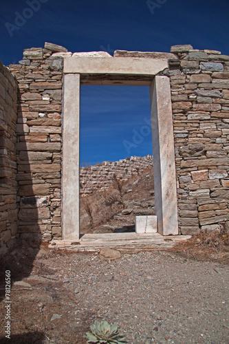 In de dag Rudnes Torbogen auf Delos