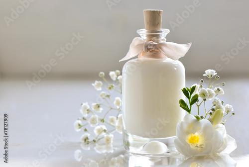 Fotografie, Tablou  Body or face skin care lotion