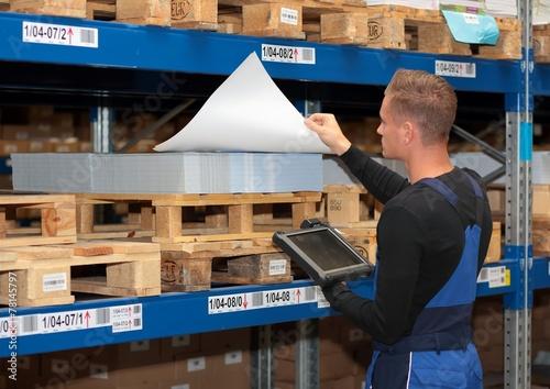 Canvas Print Lager Logistik Kommissionieren mit Tablet