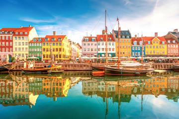 Panel Szklany Podświetlane Kolorowe domki Nyhavn Kopenhagen, Denmark