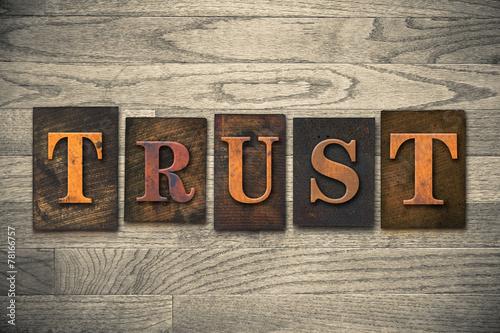 Fotografía  Trust Wooden Letterpress Concept