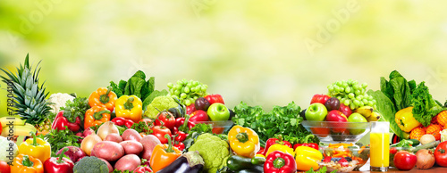 Deurstickers Eten Fruits and vegetables.
