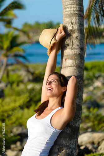 Photo  Woman enjoying tropical vacation travel