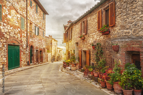 In de dag Toscane Old italian colorful town in Tuscany