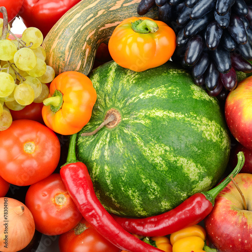inkasowy-owoc-i-warzywo-tlo