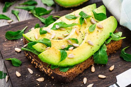 Staande foto Snack Avocado sandwich
