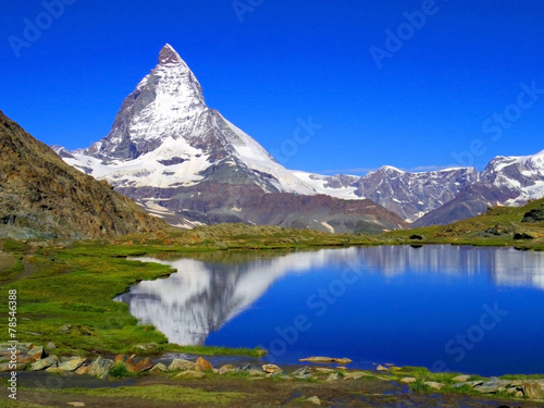 Spoed Foto op Canvas Donkerblauw Clear beautiful view of Matterhorn, Zermatt, Switzerland