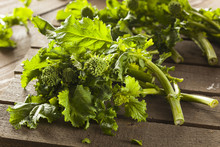 Organic Raw Green Broccoli Rab...
