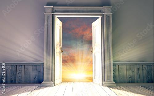 Fényképezés  3d rendering the empty room with opened door