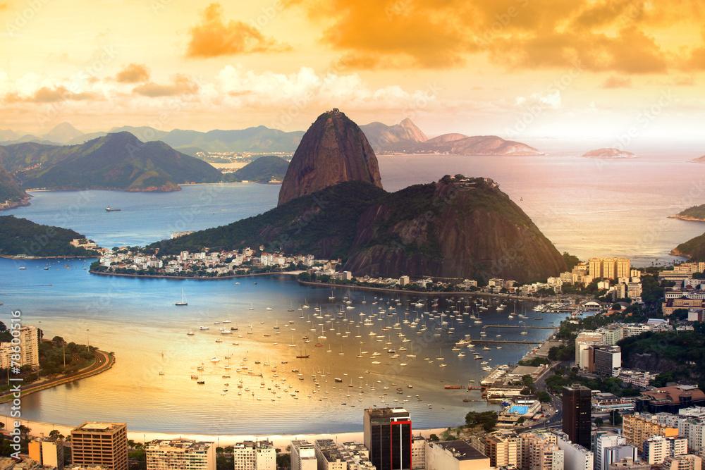 Fototapety, obrazy: Rio De Janeiro, Brazil in twilight