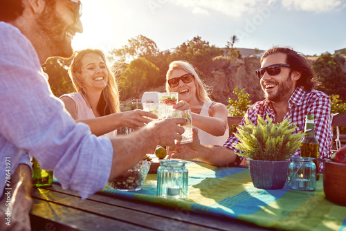 Fotografie, Tablou  cheerful friends drinking cocktails