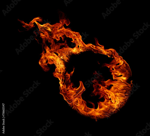 Photo Ring of fire in black background
