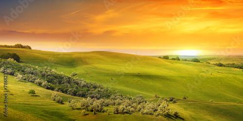 Fotobehang Rijstvelden scenic fields, hills and sunrise