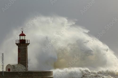 Fototapeta Sunny storm obraz na płótnie