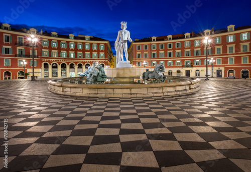 Fotobehang Nice Place Massena and Fountain du Soleil at Dawn, Nice, France