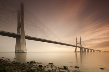 FototapetaVasco de Gama bridge