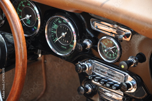 Photo sur Aluminium Vintage voitures Cockpit Oldtimer 2