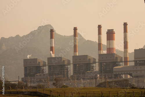 Staande foto Industrial geb. Industrial power plant with smokestack