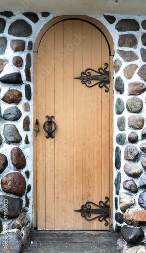 stare-drewniane-drzwi