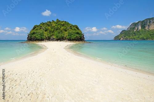 Fotografie, Obraz  Miracle beach & crystal clear water at Koh Kai, Koh Tub & Koh Mo
