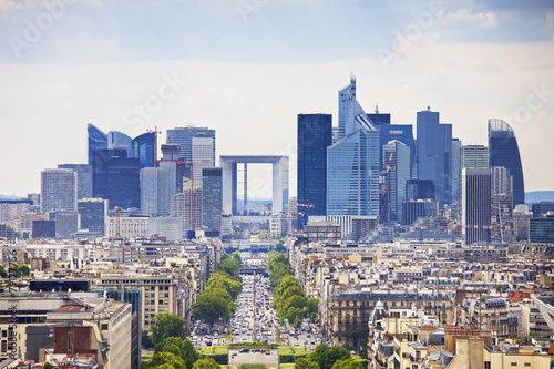 Photo sur Toile Paris La Defense business area, Grande Armee avenue. Paris, France