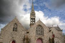 Eglise Saint Fiacre Sous Ciel Couvert, Guengat, Finistère