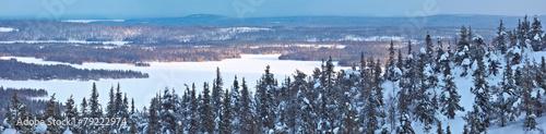 zimowa-panorama-w-polnocnej-finlandii
