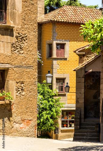 malowniczy-dom-w-katalonii