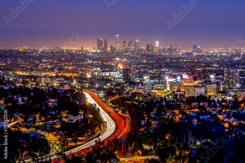 Photo  Los Angeles downtown and hollywood skyline at night