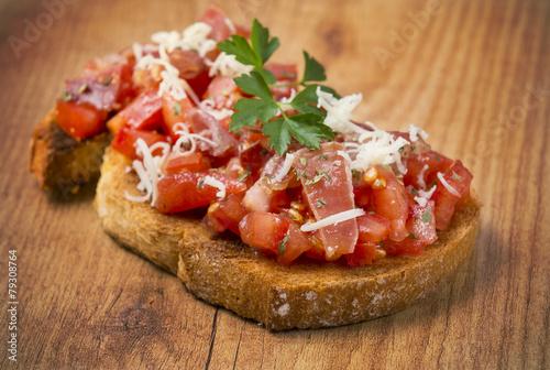 Spoed Fotobehang Voorgerecht Tosta con jamón y tomate